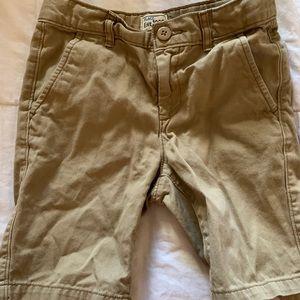 Children's Place (7) Boys Khaki Shorts